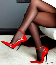 legs in red stilettos Hot Heels, Sexy High Heels, Stockings Heels, Nylons Heels, Stiletto Heels, Red Stilettos, Black Nylons, Boots Talon, Talons Sexy