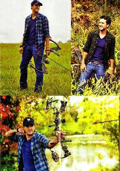 Luke Bryan and a bow.........SEXY!!