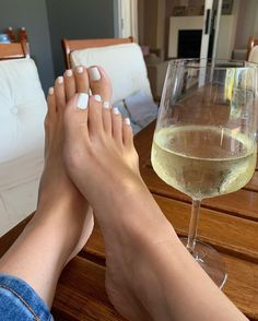 Girl's feet lover — Perfect feet and toes 👣 Feet Images, Foot Pictures, Nice Toes, Pretty Toes, Feet Soles, Women's Feet, Foot Pedicure, Foot Photo, Brian Atwood Shoes