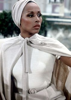 "Reveals One in 12 Products Marketed To Black Women Are Highly Toxic Diahann Carroll as Dominique Deveraux in the classic T. show ""Dynasty.""Diahann Carroll as Dominique Deveraux in the classic T. show ""Dynasty. Museum Outfit, Dianne Carroll, Black Girl Magic, Black Girls, Black Women Style, Black Style, Dominique Deveraux, My Black Is Beautiful, Beautiful Women"