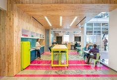 escritório, porcelanato, rosa, amarelo, azul, madeira, branco
