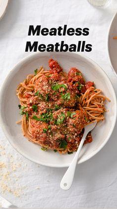 Vegetarian Recipes Easy, Vegetarian Protein, Vegetarian Entrees, Healthy Recipes, Vegan Meals, Vegan Food, Vegetarian Meatballs, Tofu Meatballs, Vegan Spaghetti