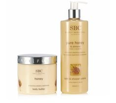215131 SBC 2 Piece Honey Bath & Body Collection 1 x Honey & Almond Bath & Shower Creme (500ml) - combining complex, purifying pure honey and almond extracts  and full of fatty acids and vitamins •1 x Honey Body Butter (450ml) - a luxurious, velvety smooth body butter rich in honey