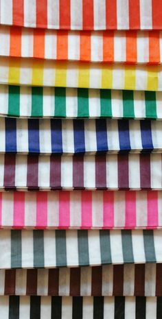 Set of 100 Traditional Sweet Shop Candy Stripe by InTheClear