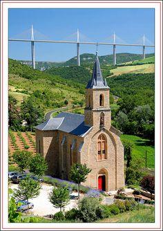 L'ancien et le nouveau - Peyre, Midi-Pyrénées