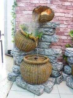 Inspiring Small Garden With Unique Homemade Fountain Design , Gallery of Awesome Ideas for Homemade Water Fountains In Outdoor Category Homemade Water Fountains, Backyard Water Fountains, Garden Fountains, Outdoor Fountains, Fountain Garden, Unique Gardens, Rustic Gardens, Beautiful Gardens, Outdoor Gardens