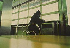 Le Grain et la bulle: photographies du catalogue New York USA (2002) de Dolores Marat Peter Handke : « La sensation de seuil est quelque chose de calme qui mène au-delà, sans intention. »