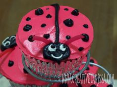 Ladybug Valentines Cupcakes ~ Creative Green Living