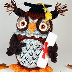 Wesley the wise owl amigurumi crochet pattern by Janine Holmes at Moji-Moji Design