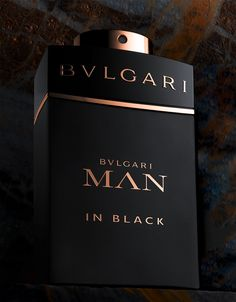 Discover Bvlgari's collections and read more about the magnificent Italian jeweler on the official website. Bvlgari Man In Black, Black Perfume, Uv Gel Nails, Diy Nails, Eos Lip Balm, Victoria Secret Perfume, Perfume And Cologne, Colorful Eye Makeup, Perfume Collection