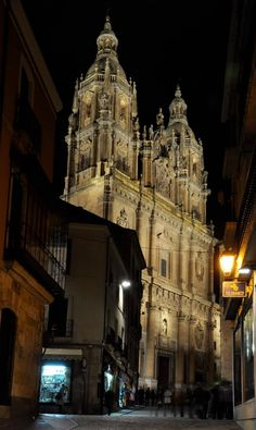 Tour to Spain - cool image Spain Travel, France Travel, Travel Usa, Places Around The World, Around The Worlds, Wonderful Places, Beautiful Places, Spain And Portugal, Place Of Worship