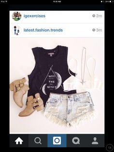 IG: latest.fashion.trends