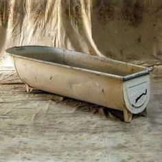 lather up vintage wash tub, from 86forthehome