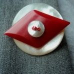 Brooch from vintage buttons and beads