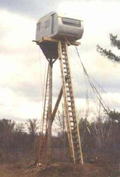 """""""redneck treehouse"""" ... srsly?"""