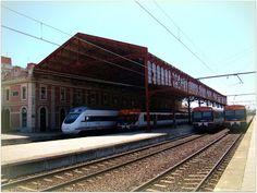 Estación de León. ADIF.  Imágenes de la estación de León tomadas en el año 2009.