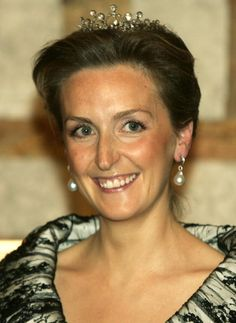 Princess Claire poses before the gala dinner at Laeken Castle October... News Photo 55950717