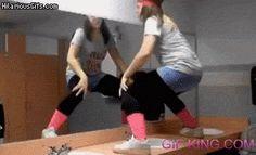 Chun Li vs Twerking gif