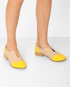 9de23c34cbdd Buy Inara Cream And Yellow Colourblock Oxford Shoes online