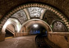 disused subway station in New York City – Fubiz™