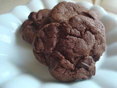 A dairy-free recipe for kosher Chocolate Chocolate Chip cookies, made with cocoa, dark chocolate, and palm shortening Dairy Free Chocolate, Chocolate Chocolate, Chocolate Recipes, Chocolate Chip Cookies, Jewish Desserts, Dairy Free Recipes, Cookie Jars, Free Food, Cocoa