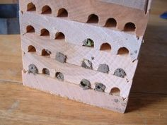 cleaning a mason bee house from Free Range Living blog.