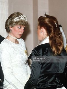 Princess Diana Talking With Sarah Duchess Of York At A Banquet At Claridges Hotel In London. The Pearl And Diamond Tiara Worn By Princess Diana Was A Wedding Gift From The Queen.