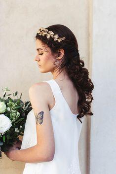 Greek Meet Modern Wedding Hairstyle- Photography: Miriam Callegari | Bridal Beauty | Wedding hairstyle with headpiece | Boho bridal tiara |  #bride  #bridetobe #weddings #weddingphotography #weddingphoto #bridal #boho #bohemianwedding #bohemian #weddinginspiration #weddingideas #photooftheday  #hair #hairstyle #weddinghairstyle