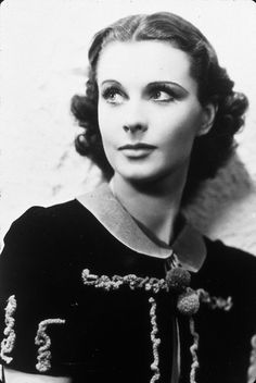 Vivien Leigh photographed by Cecil Beaton.