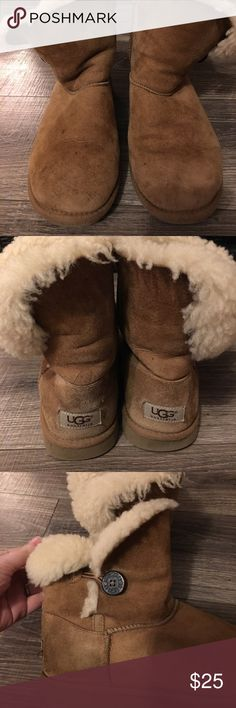 "UGG Boots UGG Boots- Size 6. They are 7.5"" tall. Good condition- they do have a few signs of wear (water marks, stains). But have plenty of life left. Great addition for Fall/Winter. Comes from a smoke free home. UGG Shoes Winter & Rain Boots"