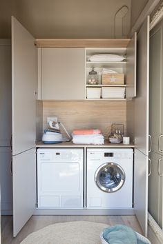 00461055 O. Armario a medida que guarda lavadora y secadora 00461055 O