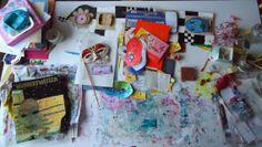 Natte werktafel 9 januari 2014, Hundertwasserhuis en spullen van het maskerboekje