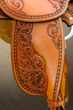 Saddle fender