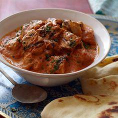 Chicken Tikka Masala @keyingredient #chicken #tomatoes #delicious #bread