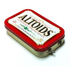 Portable Altoids Amp and Speaker for iPhone MP3 Player -Red/Red by ampoids on Etsy https://www.etsy.com/listing/170446498/portable-altoids-amp-and-speaker-for