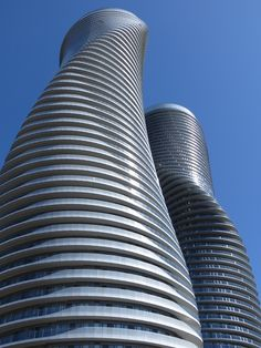Monroe Towers Mississauga, ON, Canada Toronto Architecture, Sustainable Architecture, Beautiful Architecture, Modern Architecture, The Places Youll Go, Places Ive Been, Moving Overseas, Unique Buildings, Toronto Canada