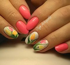 Tuilp flower white green yellow coral simple elegant nail art spring 2017
