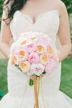 The 23 Prettiest Garden Rose Bouquets - Style Me Pretty