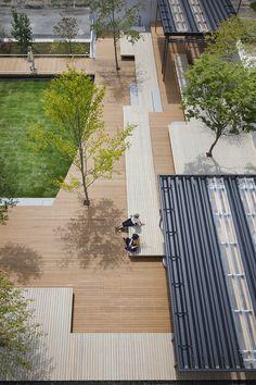 釜石大町商业休闲庭院 Kamaishi Omachi Plaza by studio on site – mooool Landscape Plane, Urban Landscape, Landscape Design, Garden Design, Landscaping With Rocks, Modern Landscaping, Parque Linear, Urban Ideas, Garden Architecture