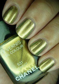 Peridot, #Chanel - green old gold nail polish/lacquer