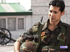 Dino Morea's look in Heroes