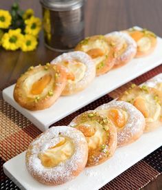 Czech Recipes, Ethnic Recipes, Pastry And Bakery, Doughnut, Sushi, Sweets, Food, Basket, Kitchens