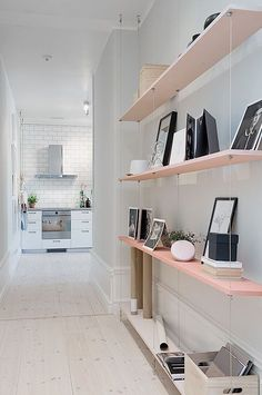 DIY Shelves Ideas : Hallway Storage Projects for Narrow & Small Spaces Suspended Shelves, Hanging Shelves, Floating Shelves, Floating Stairs, Rope Shelves, Hanging Storage, Wall Shelves, Decoration Hall, Pink Shelves