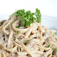 Ground Beef Stroganoff- just made this with a couple revisions because I didn't have sour cream, but it is delish! Wine Recipes, Pasta Recipes, Beef Recipes, Cooking Recipes, Healthy Recipes, Delicious Recipes, Recipies, Healthy Beef Stroganoff, Ground Beef Stroganoff