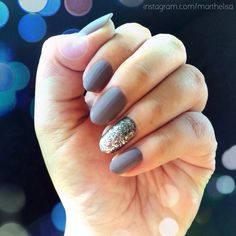 Sephora by OPI Metro Chic Matte and silver glitter accent nail.  #nails #notd #matte #almond