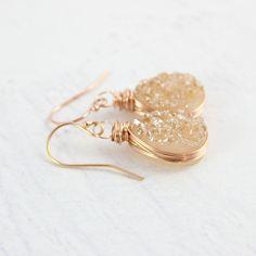 Champagne Druzy Rose Gold Teardrop Earrings Handmade Bridal Jewellery, Handmade Bracelets, Earrings Handmade, Bridal Jewelry, Druzy Jewelry, Rose Gold Jewelry, Druzy Quartz, Teardrop Earrings, Artisan Jewelry