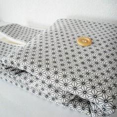 Matelas à langer nomade 45x70cm - tissu coton imprimé étoiles asanoha
