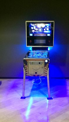 My Husbands First Virtual Pinball Machine that he made himself!!! So proud of you babe!