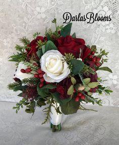 New Ideas For Bridal Bouquet Diy Silk Fresh Flowers Christmas Wedding Bouquets, Church Wedding Flowers, Flower Bouquet Wedding, Floral Wedding, Diy Bouquet, Rose Bouquet, Burgundy Bouquet, Floral Bouquets, Bride Bouquets