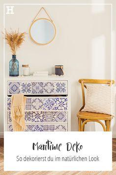 Ideen und Inspirationen für maritime Deko in deinem Zuhause. #meinhöffi Vanity, Cabinet, Storage, Furniture, Entrance, Home Decor, Link, Design, Bedroom